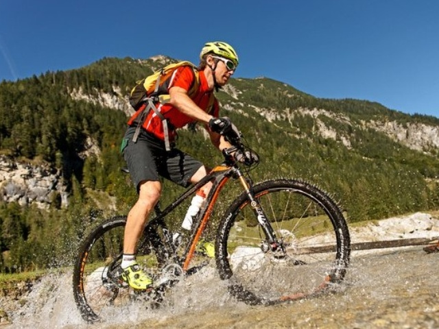 Climb the highest mountain with your bike in Flachau